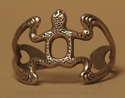 Navajo Sandcast Frog Bracelet